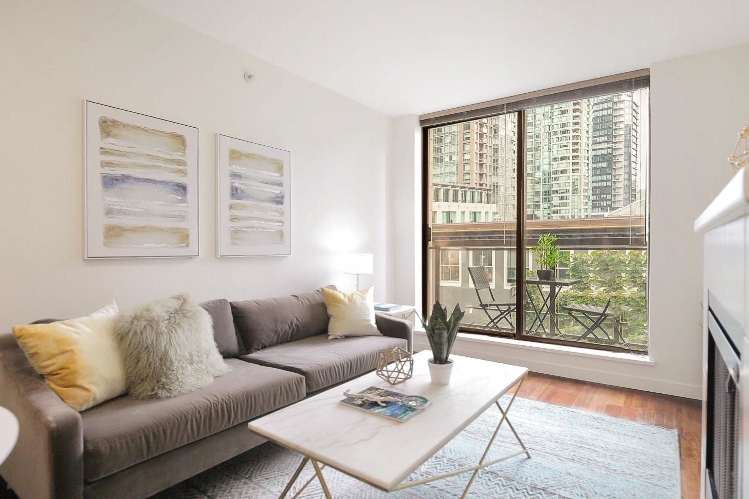 Main Photo: 407 538 SMITHE STREET in Vancouver: Downtown VW Condo for sale (Vancouver West)  : MLS®# R2610954