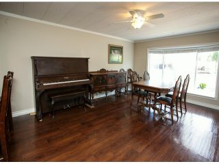 """Photo 8: 213 3665 244TH Street in Langley: Otter District Manufactured Home for sale in """"Langley Grove Estates"""" : MLS®# F1407635"""