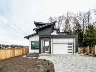 """Photo 1: 39208 WOODPECKER Place in Squamish: Brennan Center House for sale in """"RAVENSWOOD"""" : MLS®# R2497248"""