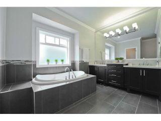Photo 18: 2258 MADRONA Place in Surrey: King George Corridor House for sale (South Surrey White Rock)  : MLS®# F1420137