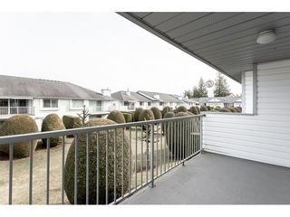 """Photo 2: 52 33922 KING Road in Abbotsford: Poplar Townhouse for sale in """"Kingsview Estates"""" : MLS®# R2347892"""