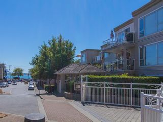 Photo 2: 1165 VIDAL STREET in South Surrey White Rock: White Rock Home for sale ()  : MLS®# R2101802