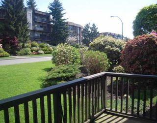 """Photo 7: 113 155 E 5TH Boulevard in North_Vancouver: Lower Lonsdale Condo for sale in """"Winchester Estates"""" (North Vancouver)  : MLS®# V766369"""