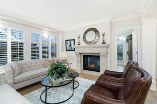 """Photo 2: 74 15715 34 Avenue in Surrey: Morgan Creek Townhouse for sale in """"WEDGEWOOD"""" (South Surrey White Rock)  : MLS®# R2550321"""