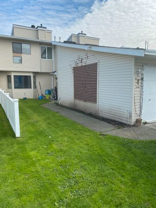 Photo 2: 4 3320 ULSTER Street in Port Coquitlam: Lincoln Park PQ Townhouse for sale : MLS®# R2624437