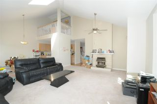 Photo 2: 213 19721 64 Avenue in Langley: Willoughby Heights Condo for sale : MLS®# R2575760