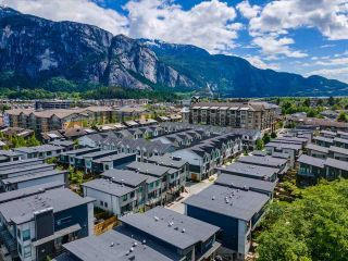 """Photo 34: 38371 SUMMITS VIEW Drive in Squamish: Downtown SQ Townhouse for sale in """"THE FALLS AT EAGLEWIND"""" : MLS®# R2587853"""