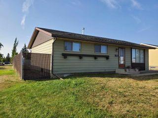 Photo 2: 24 Southpark Drive: Leduc House for sale : MLS®# E4259879