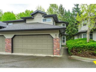 """Photo 2: 88 36060 OLD YALE Road in Abbotsford: Abbotsford East Townhouse for sale in """"MOUNTAIN VIEW VILLAGE"""" : MLS®# R2574310"""