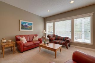 Photo 5: 140 Strathlea Place SW in Calgary: Strathcona Park Detached for sale : MLS®# A1145407