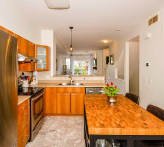"Photo 12: 134 2000 PANORAMA Drive in Port Moody: Heritage Woods PM Townhouse for sale in ""MOUNTAIN'S EDGE"" : MLS®# R2575629"