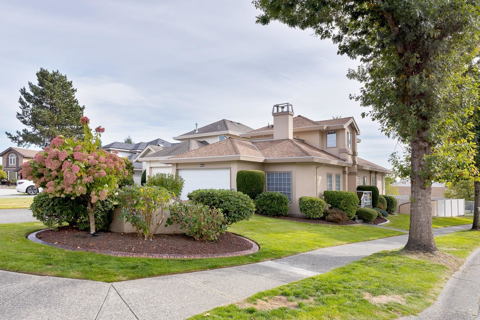 """Main Photo: 864 BAILEY Court in Port Coquitlam: Citadel PQ House for sale in """"CITADEL HEIGHTS"""" : MLS®# R2621047"""