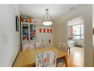 """Photo 9: 920 1268 W BROADWAY in Vancouver: Fairview VW Condo for sale in """"CITY GARDENS"""" (Vancouver West)  : MLS®# V1087529"""