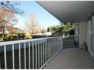 "Photo 14: 107 33401 MAYFAIR Avenue in Abbotsford: Central Abbotsford Condo for sale in ""MAYFAIR GARDENS"" : MLS®# F1402599"