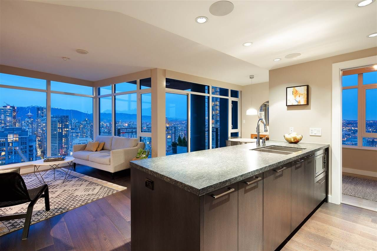 Main Photo: 3705 1372 SEYMOUR Street in Vancouver: Downtown VW Condo for sale (Vancouver West)  : MLS®# R2561262