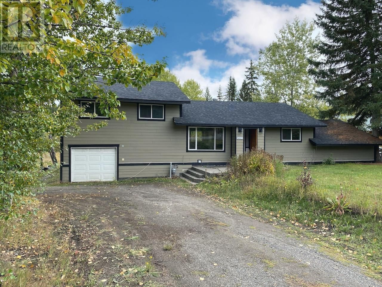 Main Photo: 5611 CANIM HENDRIX ROAD in Forest Grove: House for sale : MLS®# R2619910