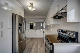Photo 4: 228 Lynnwood Drive SE in Calgary: Ogden Detached for sale : MLS®# A1103475