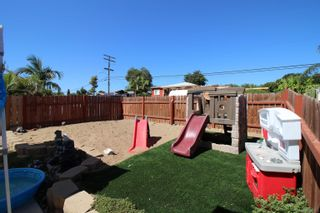 Photo 19: SAN DIEGO House for sale : 4 bedrooms : 1277 Glencoe Dr