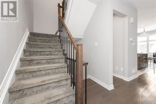 Photo 7: 84 STOCKHOLM PRIVATE in Ottawa: House for sale : MLS®# 1258634