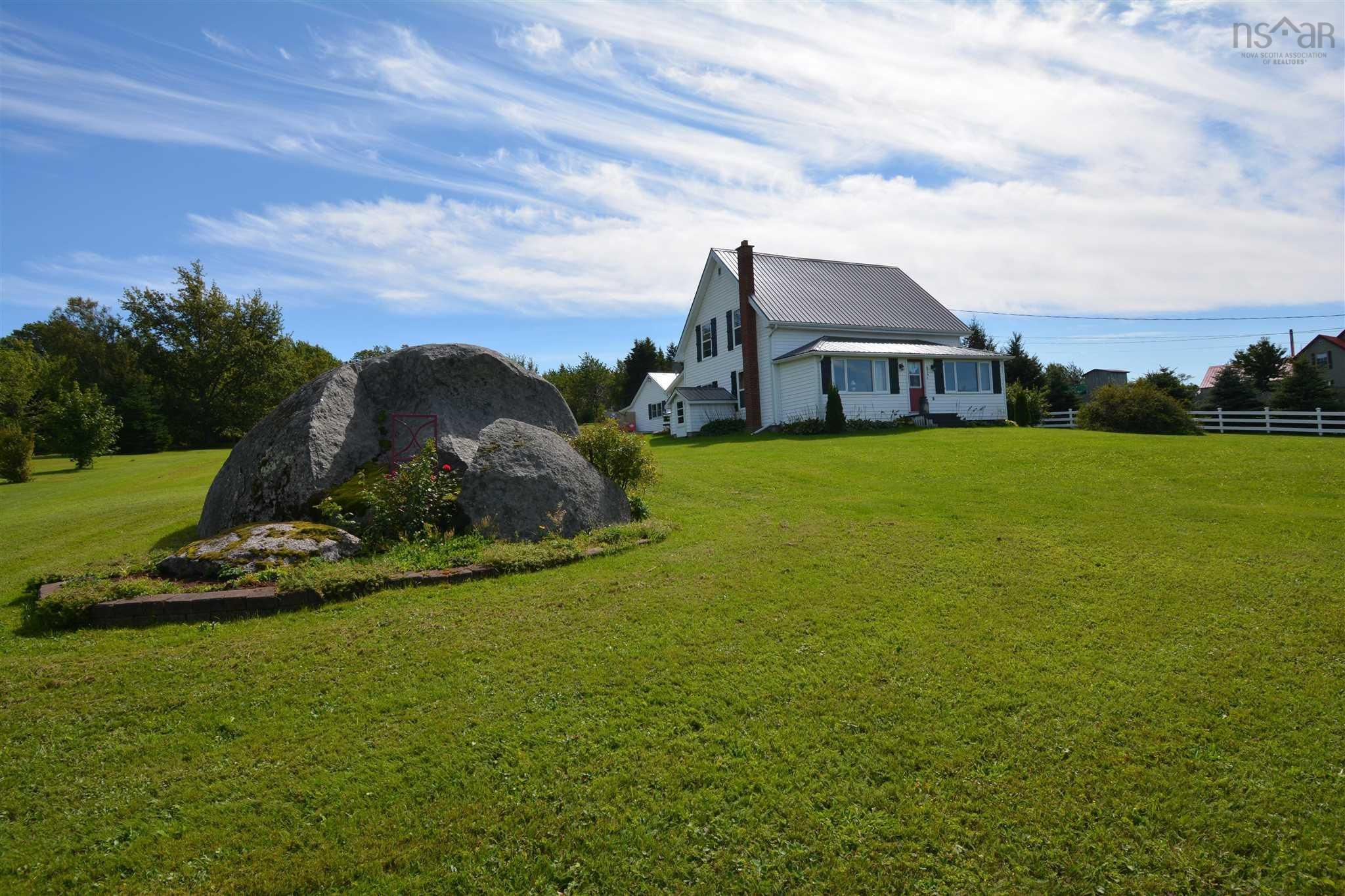 Main Photo: 676 Highway 201 in Moschelle: 400-Annapolis County Residential for sale (Annapolis Valley)  : MLS®# 202123426