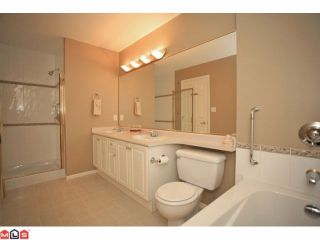 Photo 8: 6 6885 184TH Street in Surrey: Cloverdale BC Townhouse for sale (Cloverdale)  : MLS®# F1208414
