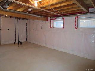 Photo 14: 70 Village Cove in Winnipeg: Waterside Estates Residential for sale (2G)  : MLS®# 1807972