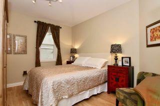 Photo 13: 14825 PROSPECT AVENUE: White Rock House for sale (South Surrey White Rock)  : MLS®# R2434299