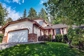 Photo 1: 14 PARKGLEN Place in Port Moody: Heritage Mountain House for sale : MLS®# R2528802