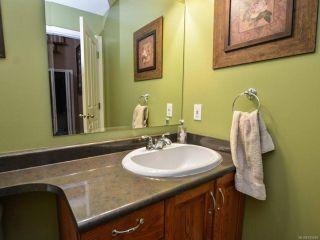 Photo 12: 698 Windsor Pl in CAMPBELL RIVER: CR Willow Point House for sale (Campbell River)  : MLS®# 745885