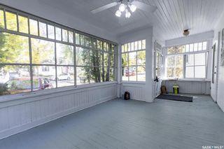 Photo 2: 912 10th Street East in Saskatoon: Nutana Residential for sale : MLS®# SK871063