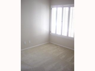 Photo 7: LAKE SAN MARCOS House for sale : 2 bedrooms : 1118 Calle De Los Serranos in San Marcos