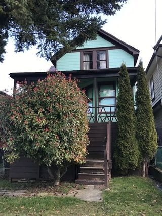 Main Photo: 4448 COMMERCIAL Street in Vancouver: Victoria VE House for sale (Vancouver East)  : MLS®# R2444951