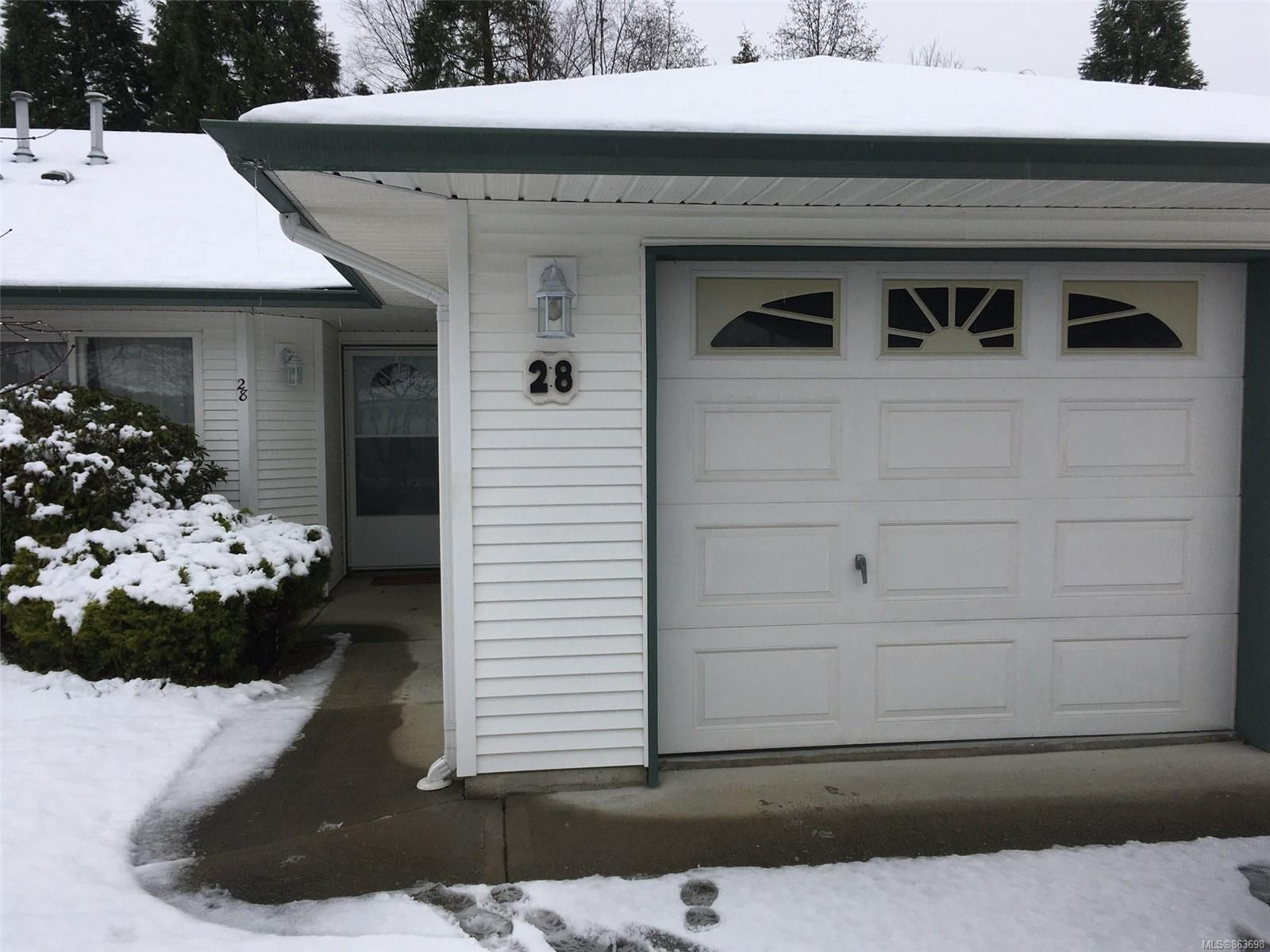 Main Photo: 28 396 Harrogate Rd in : CR Willow Point Condo for sale (Campbell River)  : MLS®# 863698