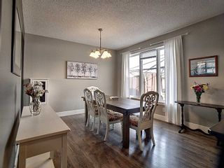 Photo 5: 311 Griesbach School Road in Edmonton: Zone 27 House for sale : MLS®# E4236512