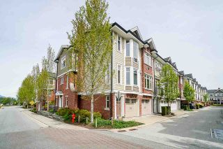 """Photo 3: 156 20738 84 Avenue in Langley: Willoughby Heights Townhouse for sale in """"YORKSON CREEK"""" : MLS®# R2575927"""