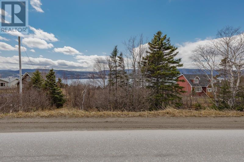 FEATURED LISTING: 9 North Shore Highway Meadows
