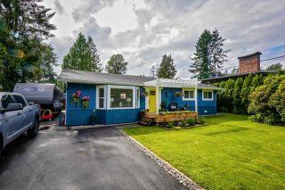 Main Photo: 12033 261 Street in Maple Ridge: Websters Corners House for sale : MLS®# R2474371