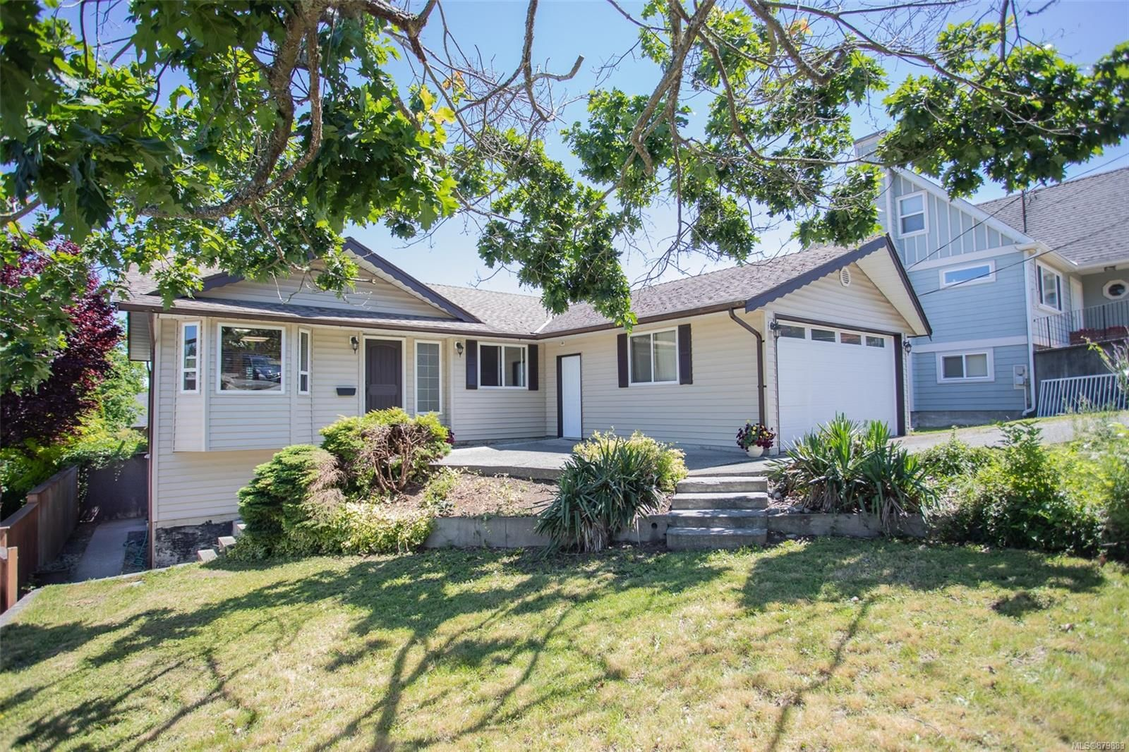 Main Photo: 2720 Elk St in Nanaimo: Na Departure Bay House for sale : MLS®# 879883