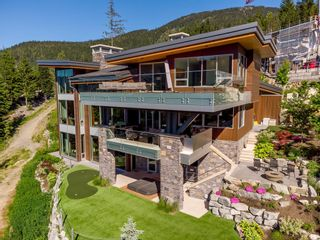 """Photo 1: 2984 TRAIL'S END Lane in Whistler: Bayshores House for sale in """"Kadenwood / Bayshores"""" : MLS®# R2619024"""