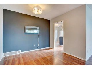 Photo 13: 6120 84 Street NW in Calgary: Silver Springs House for sale : MLS®# C4049555
