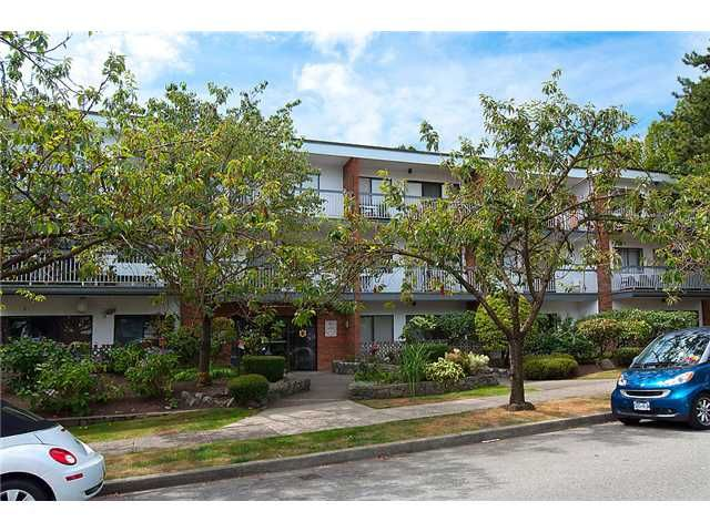FEATURED LISTING: 302 - 1950 W 8th Ave Avenue Vancouver