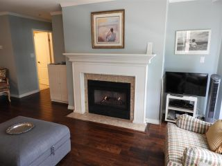 """Photo 6: 503 15111 RUSSELL Avenue: White Rock Condo for sale in """"Pacific Terrace"""" (South Surrey White Rock)  : MLS®# R2576194"""