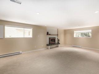 Photo 1: 12370 SEACREST Drive: Crescent Bch Ocean Pk. Home for sale ()  : MLS®# F1433450