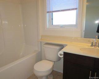 Photo 9: 70 Village Cove in Winnipeg: Waterside Estates Residential for sale (2G)  : MLS®# 1807972