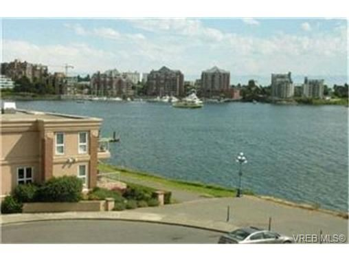 Main Photo:  in VICTORIA: VW Songhees Condo for sale (Victoria West)  : MLS®# 413313