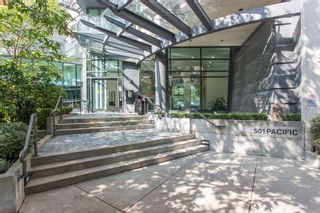 "Photo 3: 2707 501 PACIFIC Street in Vancouver: Downtown VW Condo for sale in ""THE 501"" (Vancouver West)  : MLS®# R2532410"