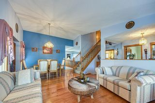 Photo 2: 190 Sandarac Drive NW in Calgary: Sandstone Valley Detached for sale : MLS®# A1146848