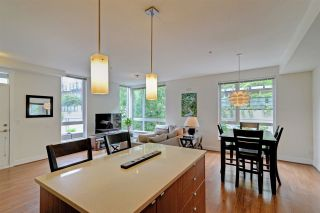 "Photo 9: 124 735 W 15TH Street in North Vancouver: Hamilton Townhouse for sale in ""Seven35"" : MLS®# R2305774"
