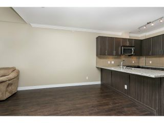 """Photo 6: 313 6888 ROYAL OAK Avenue in Burnaby: Metrotown Condo for sale in """"KABANA"""" (Burnaby South)  : MLS®# V1028081"""