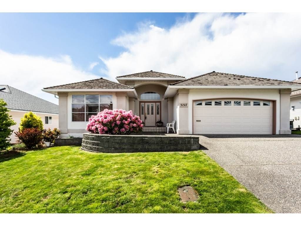 """Main Photo: 31517 SOUTHERN Drive in Abbotsford: Abbotsford West House for sale in """"Ellwood Estates"""" : MLS®# R2363362"""